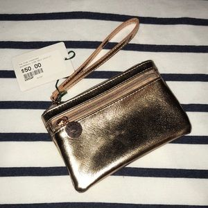 Handbags - NWT Rose Gold Wristlet